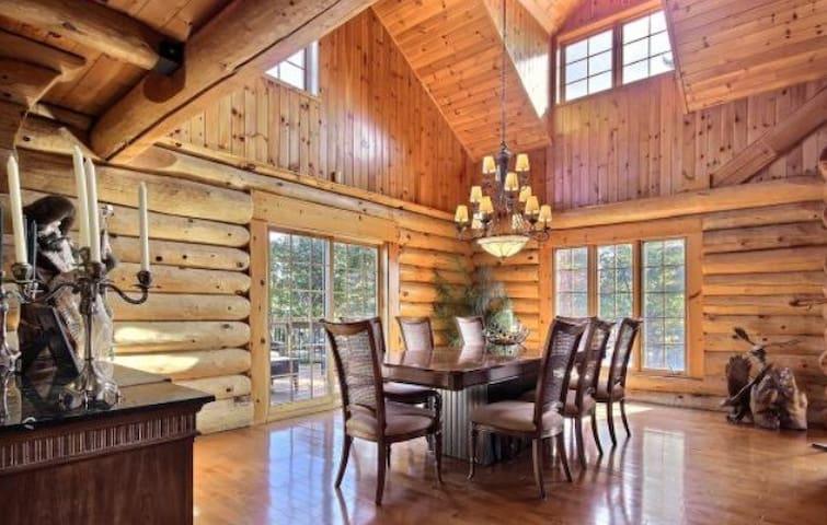 Maison en bois rond - Estérel - Casa