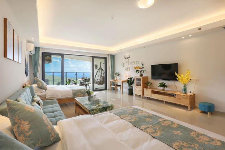 阳江海陵岛  黄金海岸  一线豪华海景双大床房   下楼就是沙滩