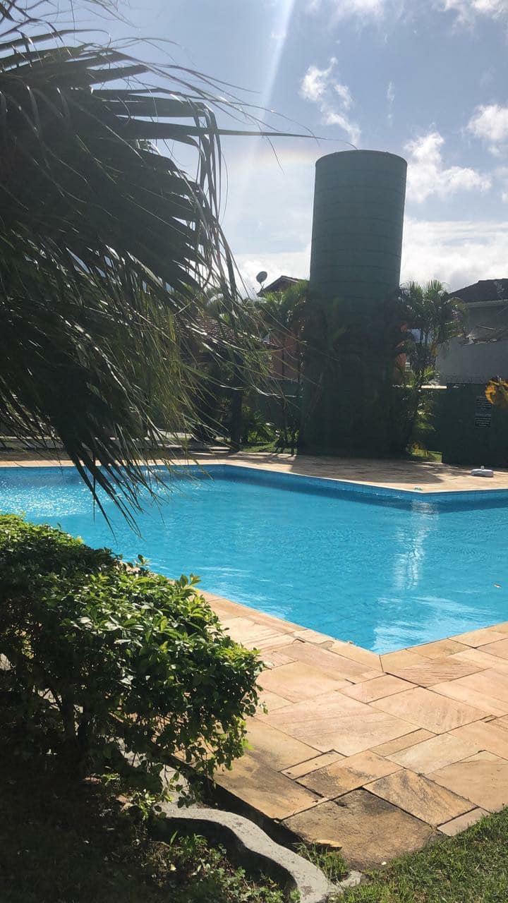 Casa Maresias  - cond. 50 m da praia com piscina .