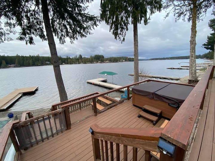Mason Lake Waterfront Lakehouse