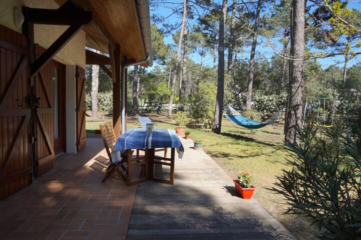 Villa familiale : plage, calme et forêt landaise - Lit-et-Mixe - House