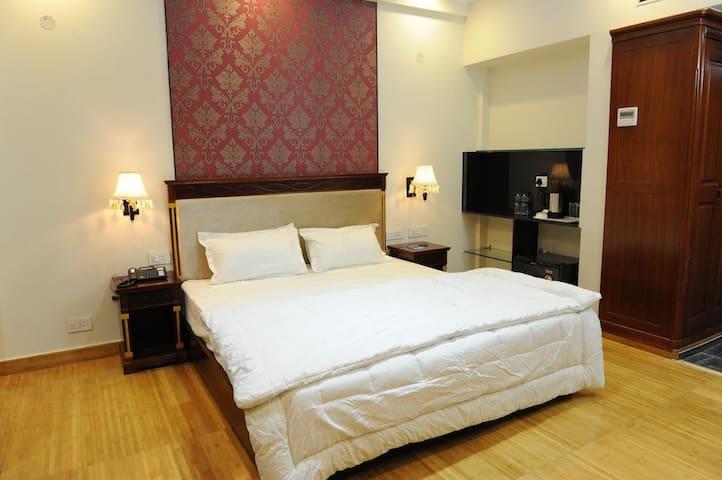 Elegant Bed and Breakfast