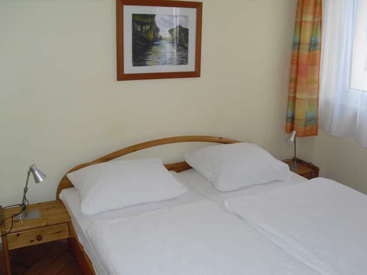 Gasthaus zur Schnecke - Doppelzimmerzimmer mit Bad (Dusche/WC), TV, Free Wifi, Schrank, Schreibtisch, Hunde erlaubt