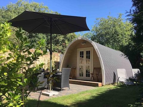 Luxe CampingPod XL met eigen badkamer op de Veluwe