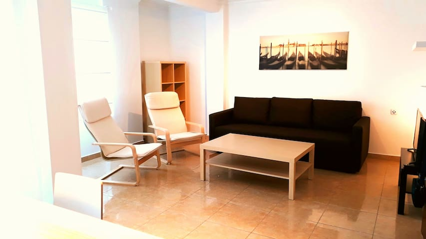 Extraordinary newly furnished flat in Elche