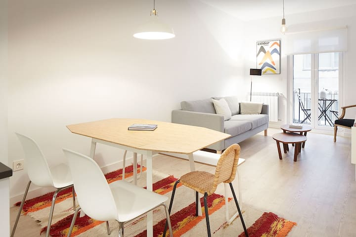 Renovated, Silent and Beauty. Close to Gros Beach - Donostia - Wohnung