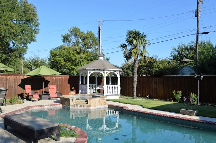 Frisco Perfect Stay- Pool, Hot Tub, and Game Room