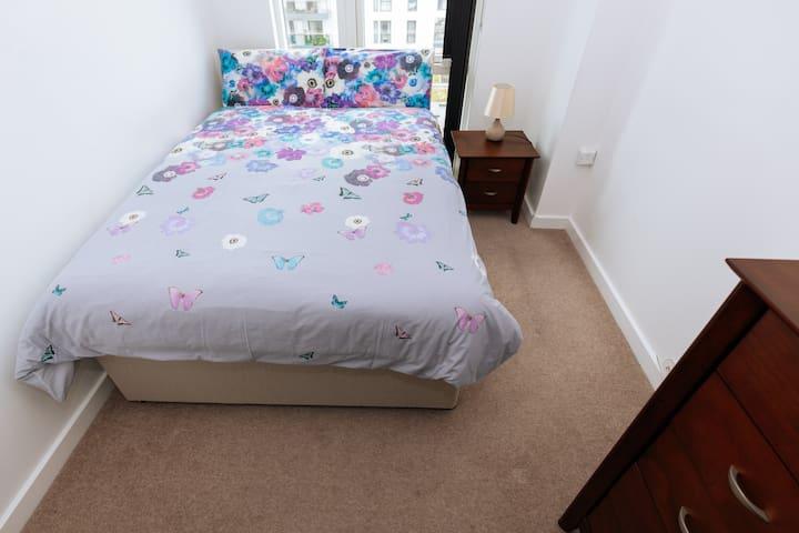 Yataq otağı 1