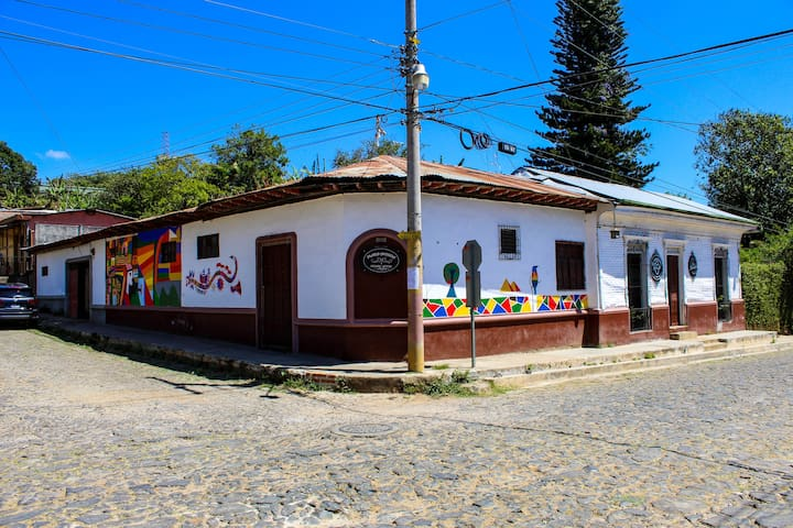 Plaza Antigua Ataco
