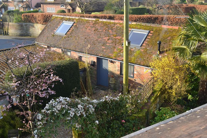 Delightful converted barn near town - Lymington