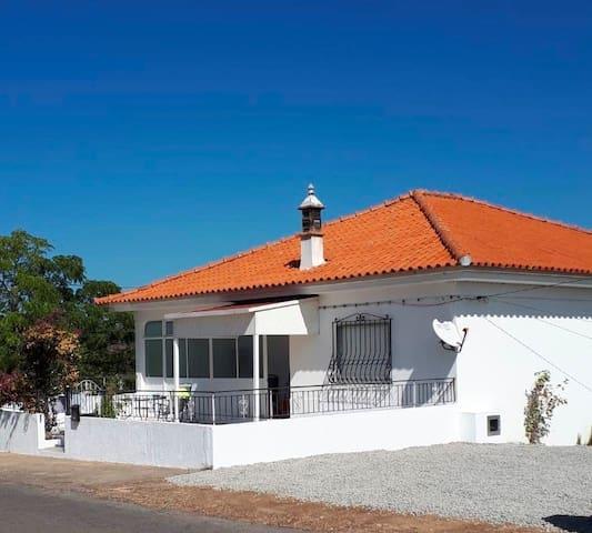 Casa Viegas (bis 8 Pers.) in São Brás de Alportel