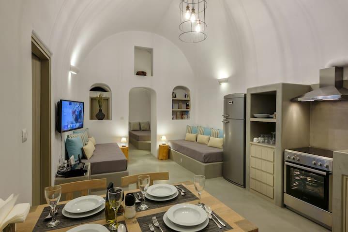 Marla Villas (Cave House)
