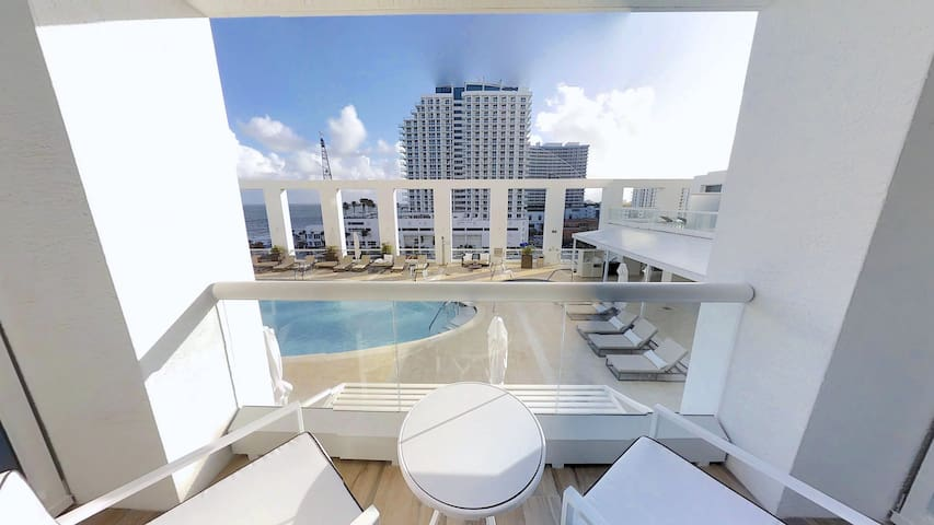 The Ocean Resort Ft Lauderdale Beach | Ocean View Studio King Suite 609