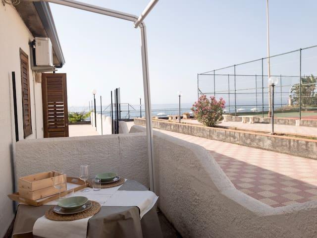 SAMI'S HOUSE ( a 2 passi dal mare )