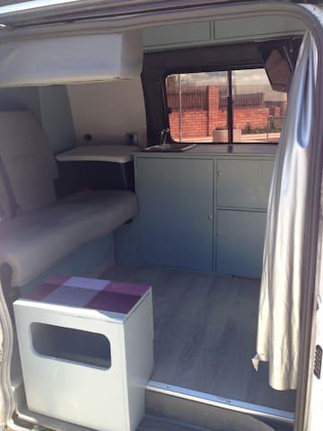 Camper Mercedes Vito, vive una aventura!
