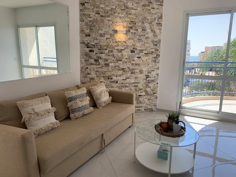 🌴Luxury Apartment With The Beach On Your Doorstep🌴