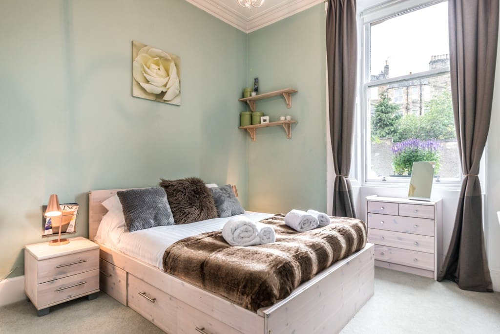 Peaceful and light bedroom