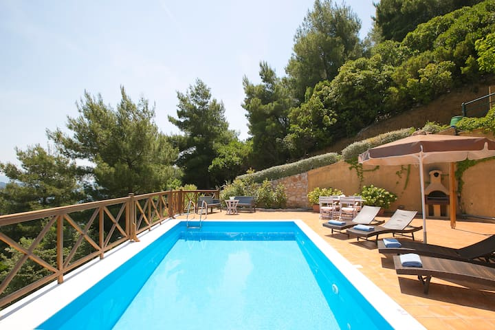 Executive two br villa,private pool,sea views.
