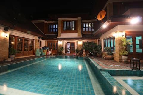 Villa Bosang - Village parapluie - Sources d'eau chaude