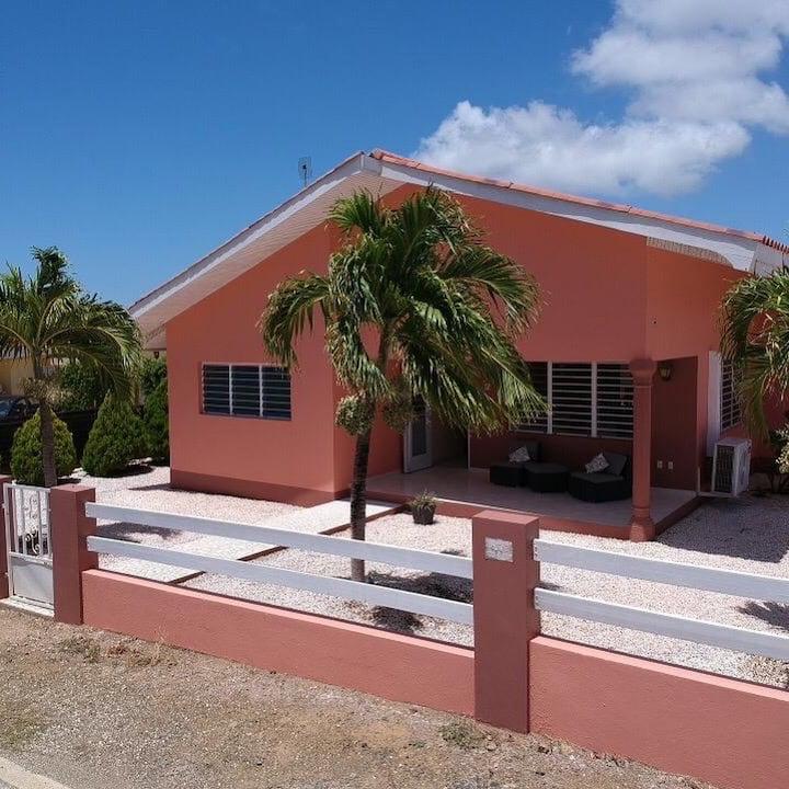 villa-iguana
