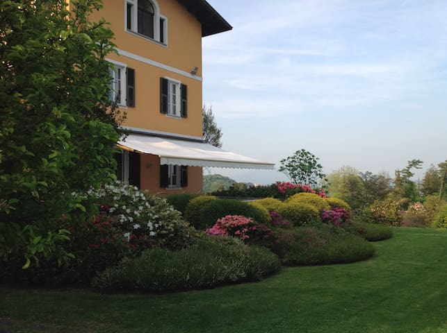 La Reggia, Sleeps 10, with swimming pool