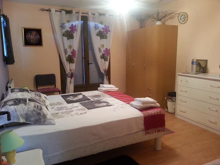 Mille et une nuits en Provence / Leïla Bedroom