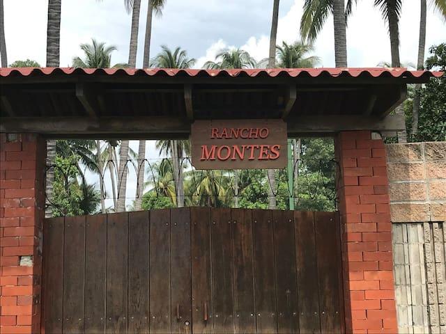 Rancho Montes - Playa San Diego