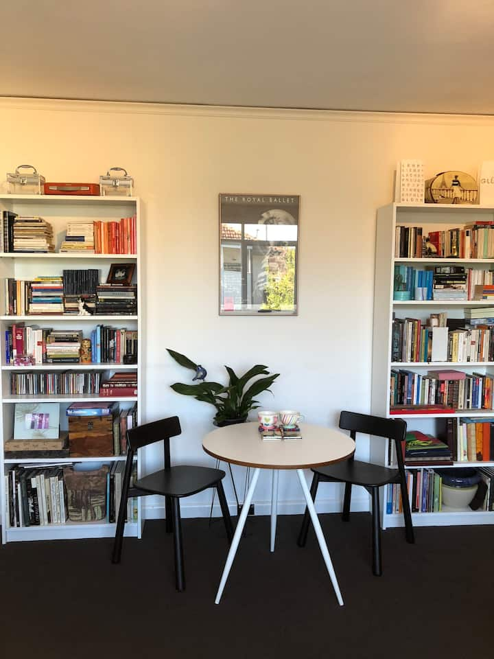 Stylish and whisper quiet! In the heart of Prahran