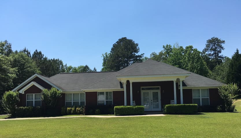 Spacious Collinsville/Meridian,MS Home