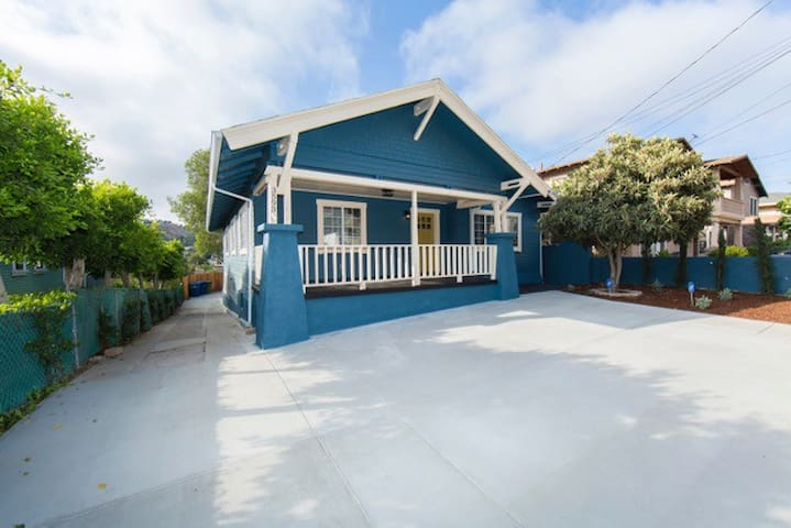 Newly Rebuilt Home -Central Los Angeles Craftsman!