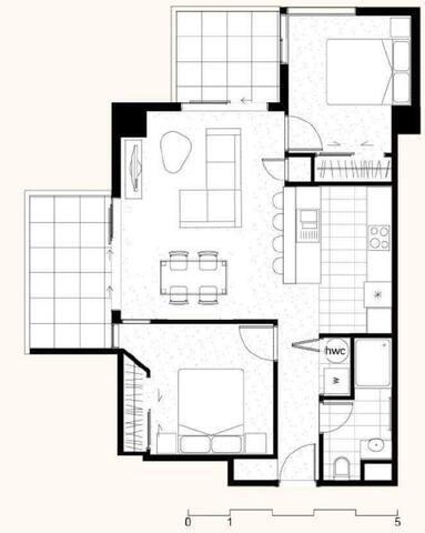 Brand New Apartment - opposite train & shops