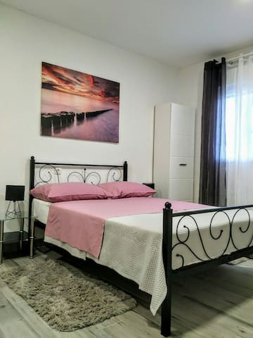 Studio apartman Violeta II - 50m from the beach