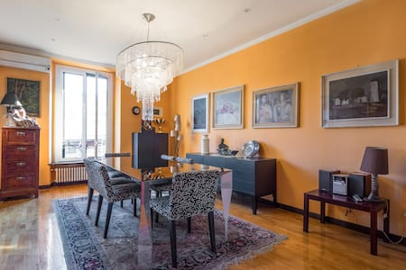 Luxury flat of 200 smq in down town super centric - Milano - Apartment