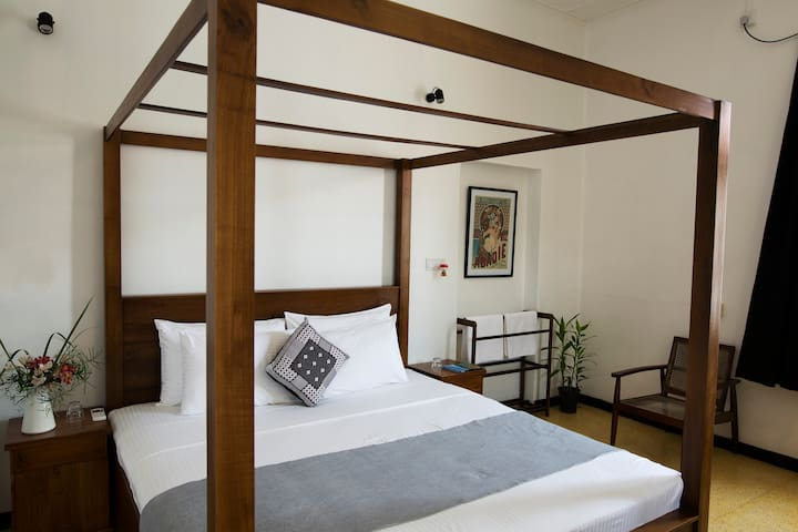 Black Cat B&B King Room 2 - Colombo - Bed & Breakfast