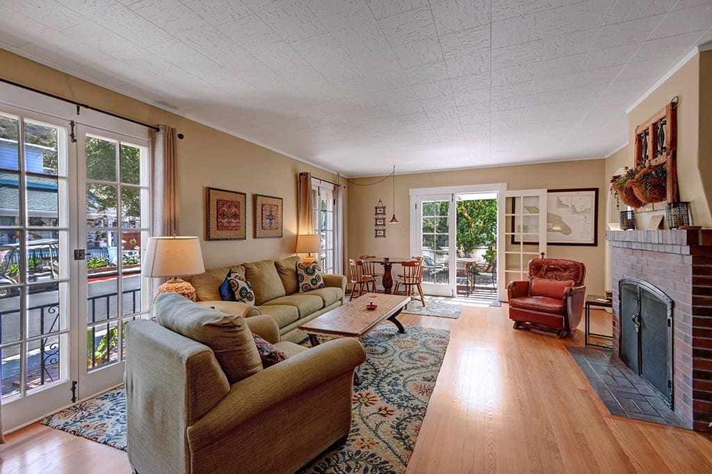 3-LIVING ROOM TO PATIO RS