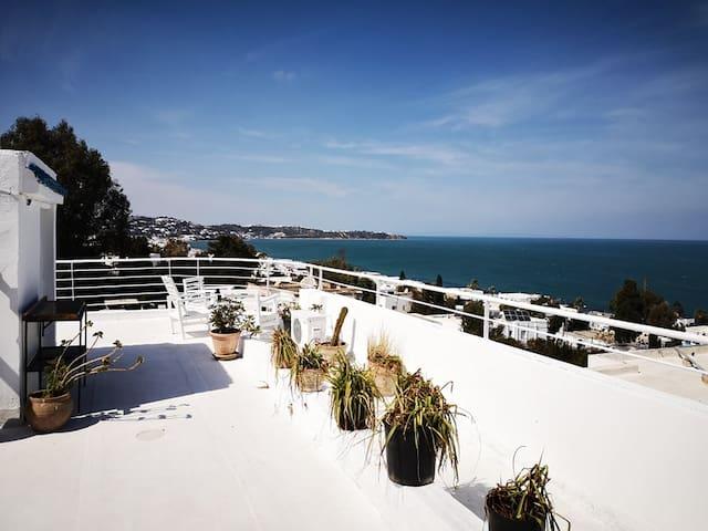 The White House - See view - La Marsa Corniche