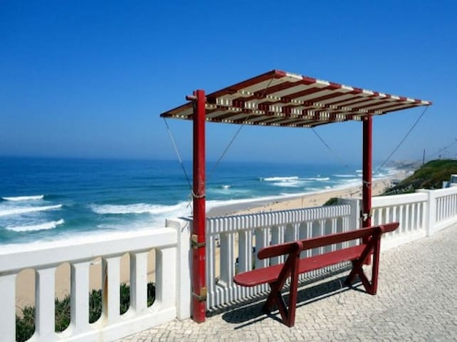 Cozy Beach Apartment - Santa Cruz, Portugal - Silveira - Byt