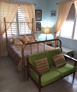 Villa Imperial Guestroom in Main House