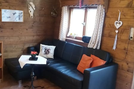 quiet cozy holiday-house, 4 persons,Castles 40 km - Unterammergau - Hus