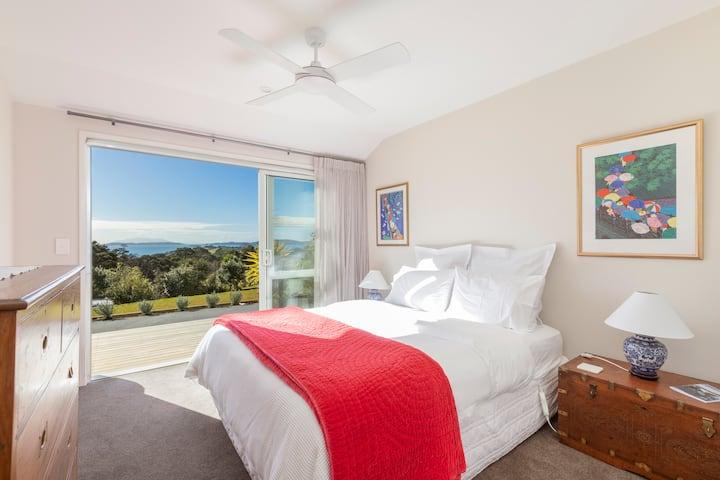 WAIMAHU Retreat (Jasmine Room)