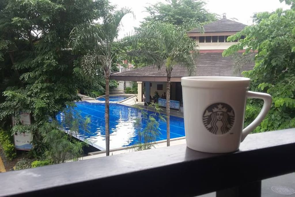 We serve Free complimentary breakfast to our valued guests while they sip their favorite coffee in front of our serene pool