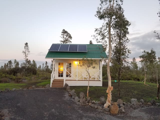 Big Island, Tiny house - Mountain View