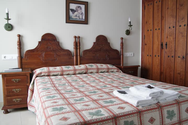 Single room in Guesthouse, terrace and kitchen