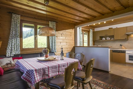 Schleichalm Alm Hütte Tyrolean Chalet