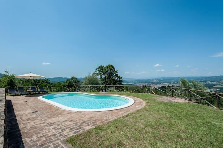 Casa con piscina privata - Umbertide - Huis