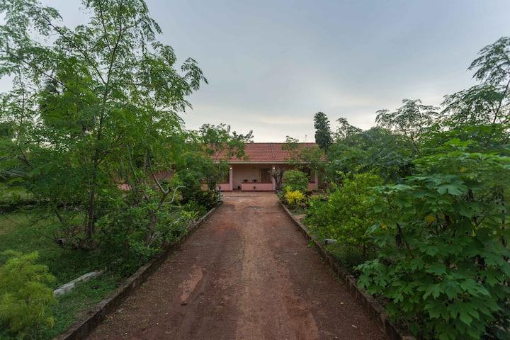Lawrence's Villa in Mannar Island