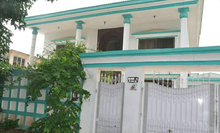 travis guest house