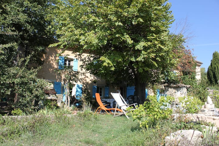 The little farmhouse in Provence