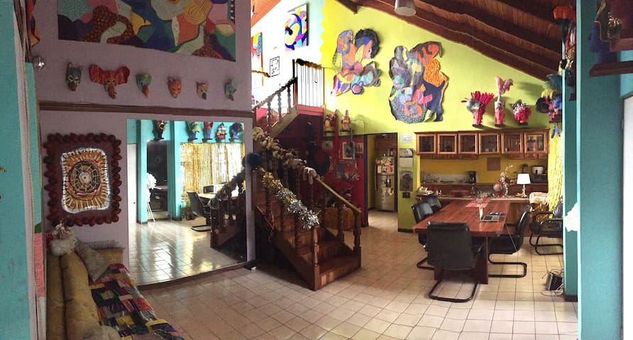 Carnival Room in Art Residence