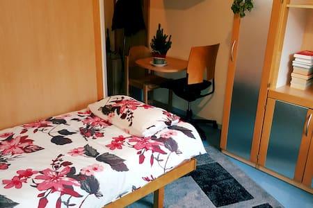 Beautiful, small apartment 8 min. near Centre - Bochum